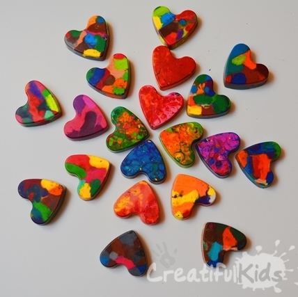 creatifulkids-creative-activity-how to make wax-crayons (2)